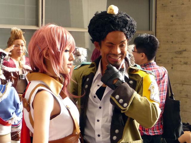 Les plus beaux cosplay (tout thème) 36133%20-%20Final_Fantasy%20Final_Fantasy_XIII%20Lightning%20Sazh_Katzroy