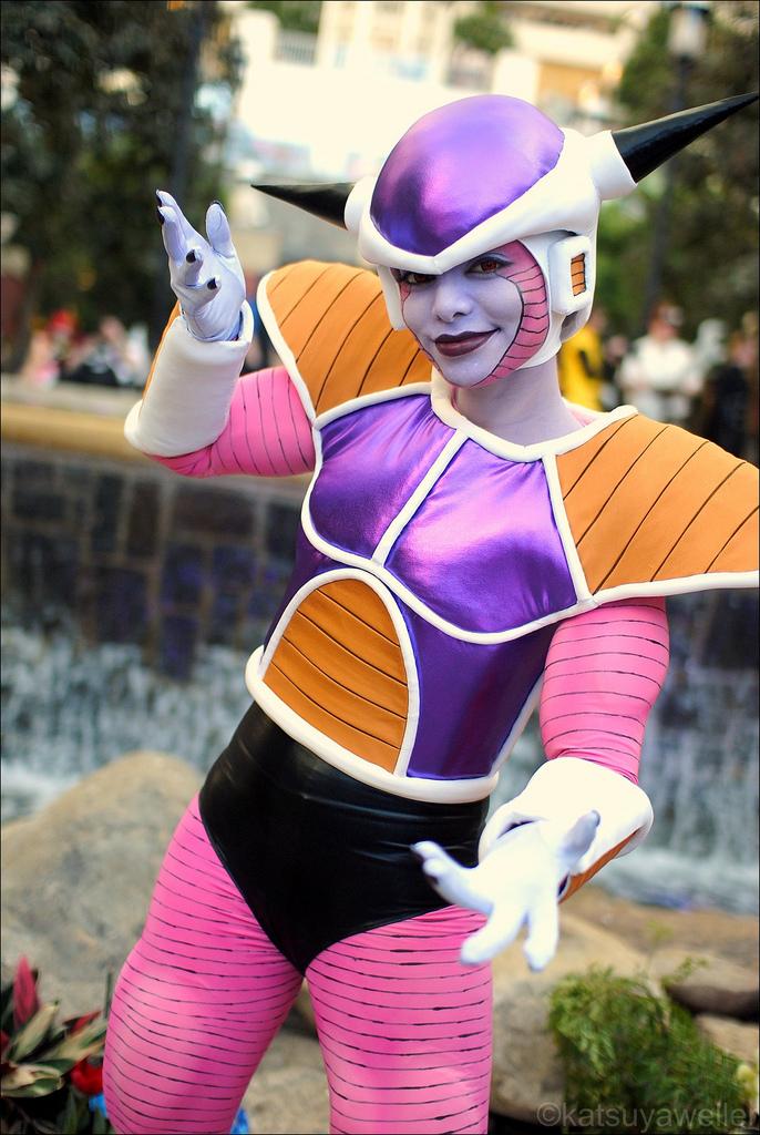 Les plus beaux cosplay (tout thème) 50539%20-%20Dragon_Ball_Z%20Frieza